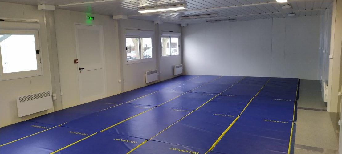 la salle de motricité - the physical education room